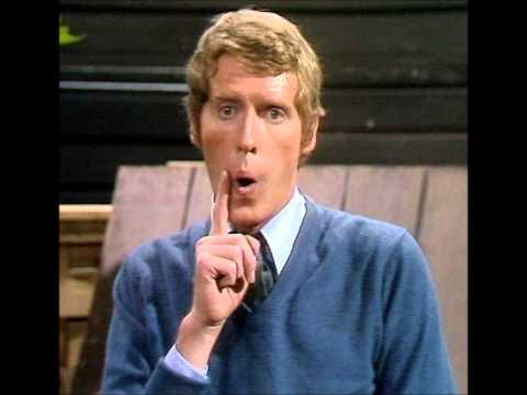 Michael Crawford Interview - Classic Gold 1999