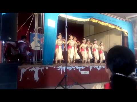 GROUP DANCE THRISSUR REVENUE DISTRICT KALOLSAVAM.KUNNAMKULAM.THRISSUR DISTRICT.KERALA.INDIA