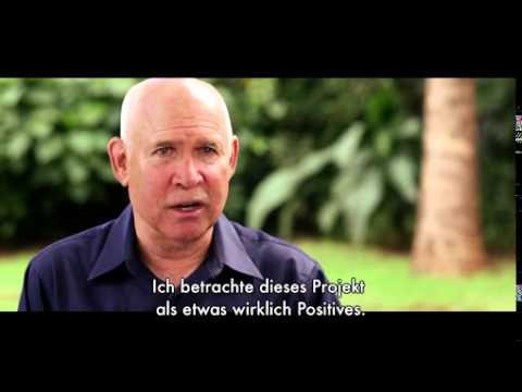 Der Lavazza Kalender 2015: #EARTHDEFENDERS / Steve McCurry porträtiert für Lavazza und Slow Food nachhaltige Projekte in Afrika