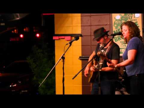 Blue Mountain - Live at T-Bones Records & Cafe After Hours - Video by Thad Lee - 1/27/12