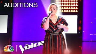 Rizzi Myers sing 'Breathin' on The Blind Auditions of The Voice 2019