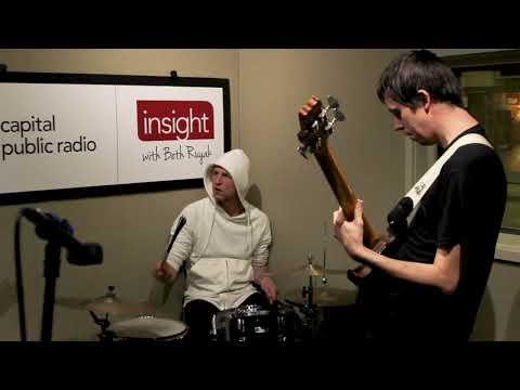 """Insight Studio Sessions: """"Solo"""" - Pregnant"""