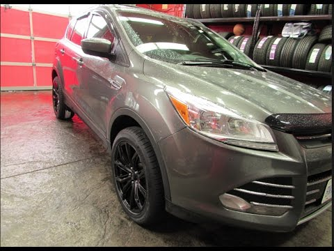 2013 FORD ESCAPE WITH 18 INCH BLACK RIMS & TIRES