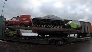 Грузим Bentley Ultratank. Новые гусеницы почти готовы. Jeep Wrangler готов полностью.