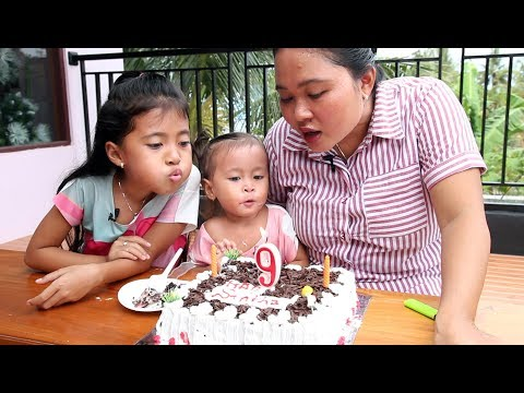 Potong Kue Ulang Tahun di Rumah  - Happy Birthday little princess shinta ke 9