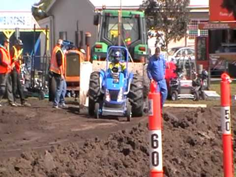 Geelong Show Modified Tractor Pull 2010