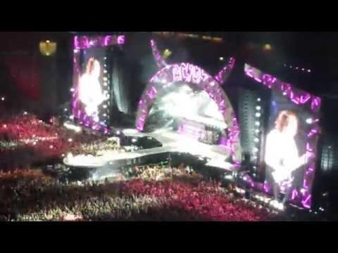 AC/DC WHOLE LOTTA ROSIE , LIVE WEMBLEY 4th...