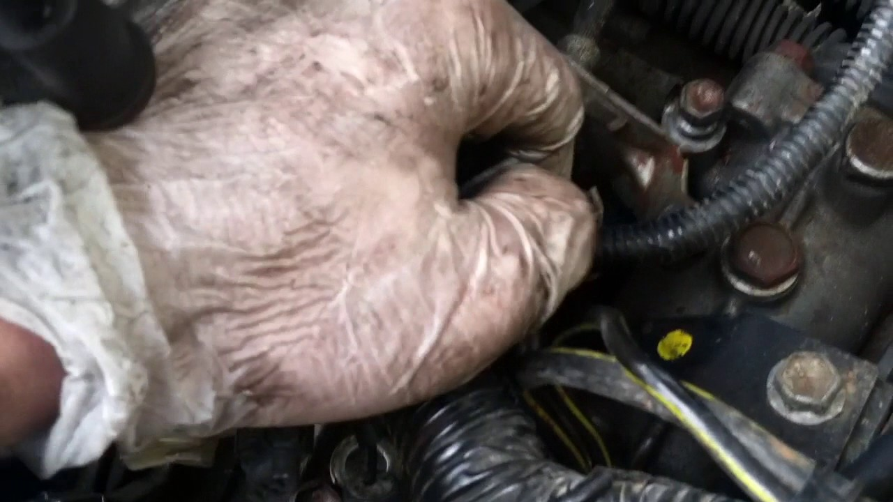 How To  Free Engine For Pull  Toyota Corolla Ae92