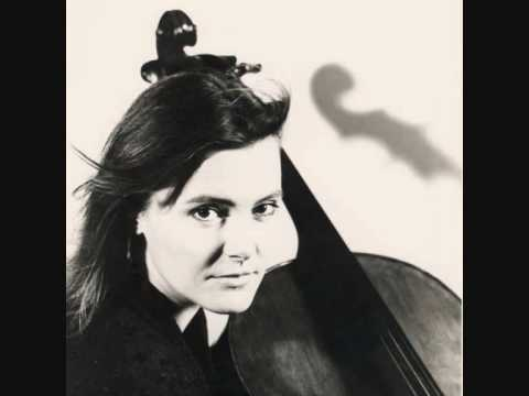 Michaela Fukačová -  Martinů 7 Arabesques Nr. 6 Allegretto
