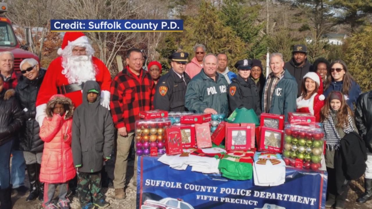 Police Raise Money To Donate Christmas Trees To Ten Families In ...