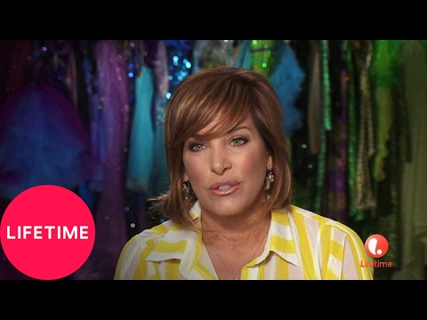 Dance Moms: Moms' Take: Jill Takes Holly & Kelly to Spy on Candy Apples | Lifetime
