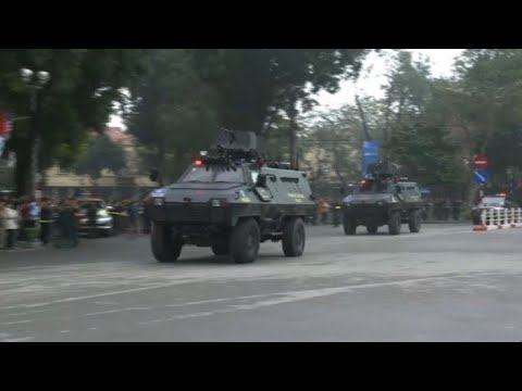 Kim Jong Un convoy arrives in Hanoi for Trump summit