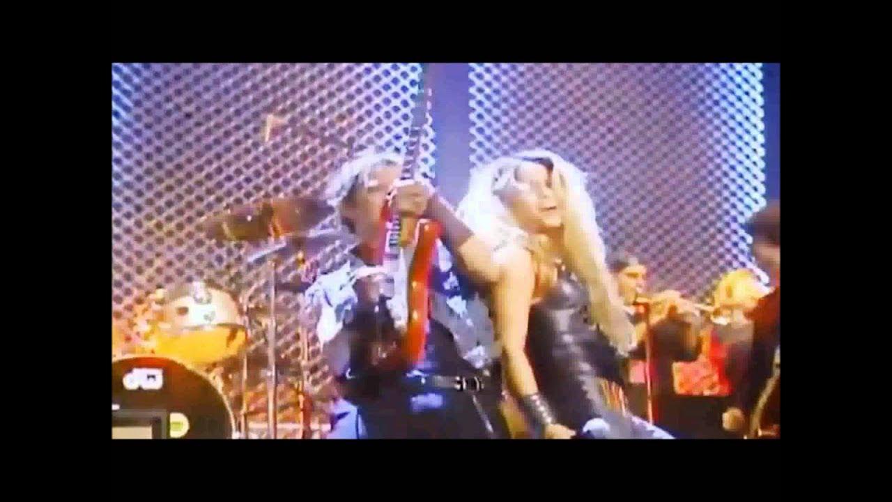 Download Shakira   Dude Looks Like a Lady  Aerosmith