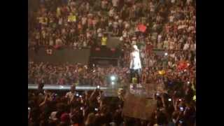 Niall Horan Speaking Spanish {TMHT 25-05-2013 Madrid}