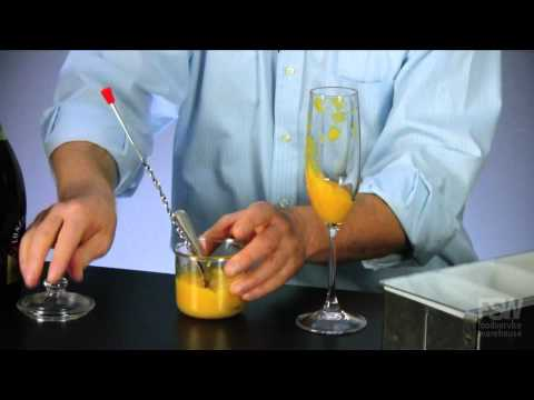 How to make a Peach Bellini