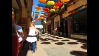 видео Реус в Испании | Шопинг и Достопримечательности, Музей Гауди.
