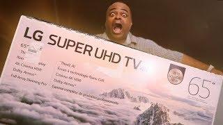 LOOK HOW STRONG I AM! [LG SUPER UHD TV 2018 Unboxing]