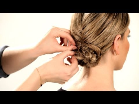 how-to-do-a-fishtail-updo-|-braid-tutorials
