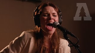 Suzanne Santo on Audiotree Live (Full Session)