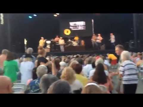 The Beach Boys: Full Concert @ Humphreys Concerts By the Bay, San Diego 2015