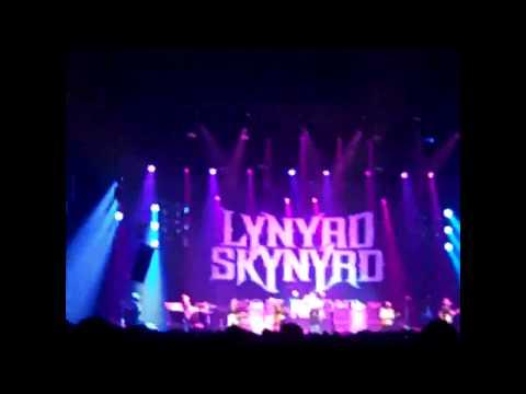 CenturyTel Center 5/28/11 - Lynyrd Skynyrd