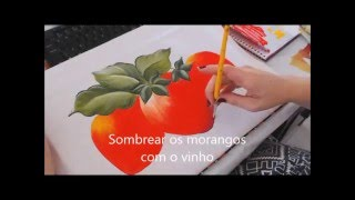 PINTURA EM TECIDO – Morangos por Cátia Cristina