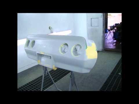 Reparation d un pare choc de chevrolet corvette youtube for Pose d un pare douche