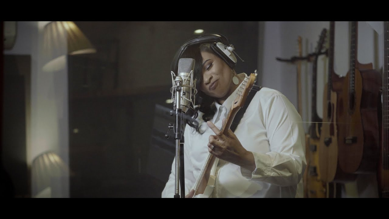 Download Gabrielle - Stop Right Now (Official Video)