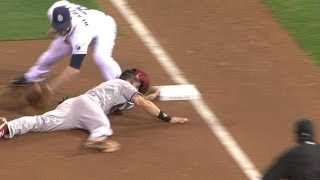 Padres turn heads-up double play in the sixth