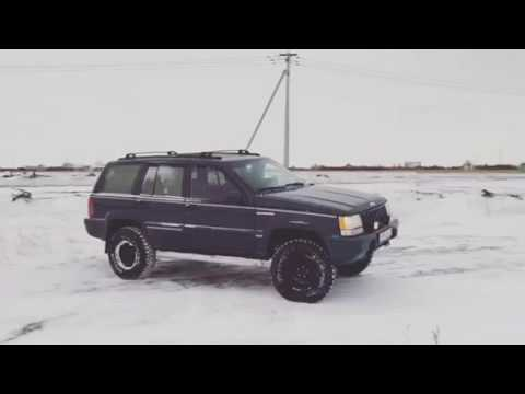 93'-grand-cherokee-zj-v8-5,2-(3,6-inch-lift,-31s-mt)