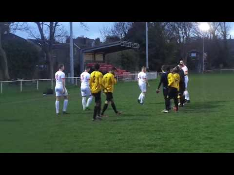 Hackney Wick 3-2 Southend Manor.  Essex Senior League.  Wed4Apr2018