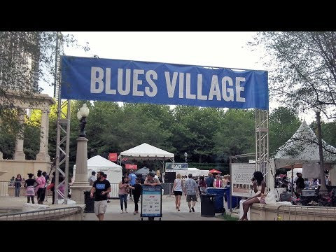 Walking to the Chicago Blues Festival (June 9, 2017)