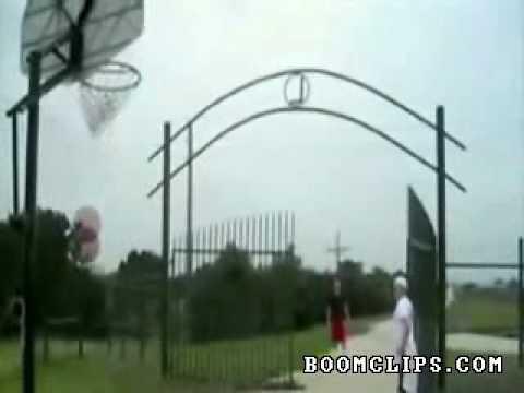 Ném bóng rổ siêu đẳng (videokyniem.com)