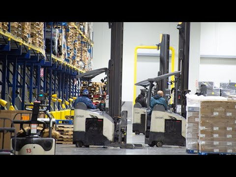 Dependable Lift Trucks And Responsive Service Helps Lipari Foods Pursue 100 Percent Uptime