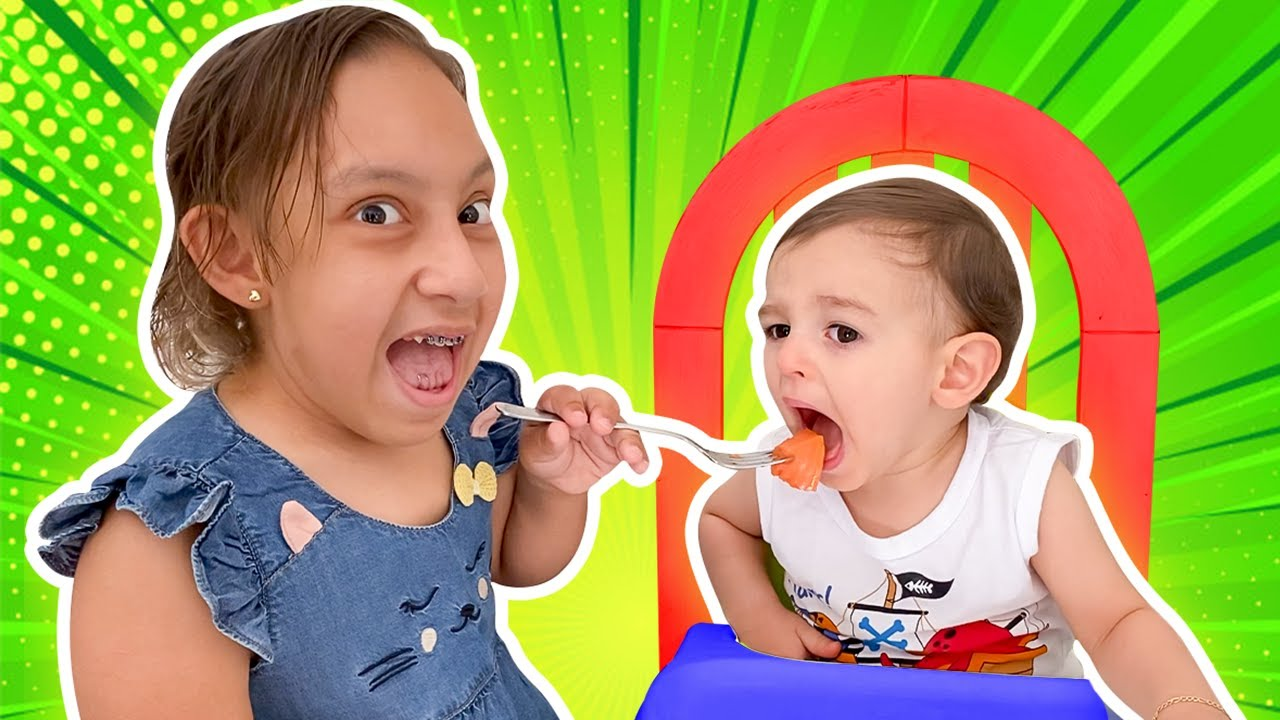 MC Divertida quer ser uma boa irmã para baby JP | Maria Clara wants to be a good sister for baby JP