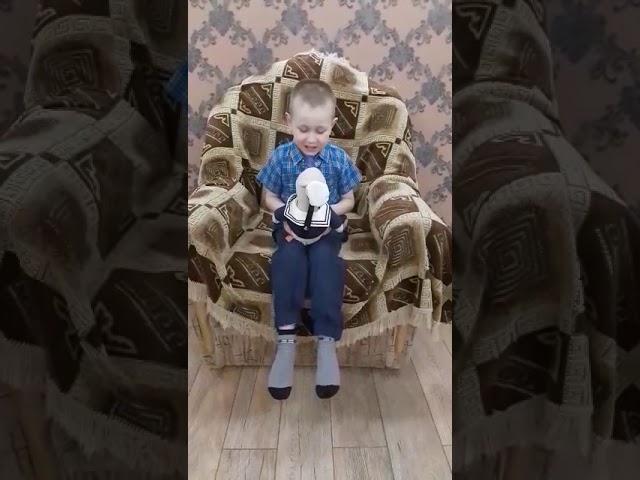 Изображение предпросмотра прочтения – СтепанНикишкин читает произведение «Так» М.И.Цветаевой