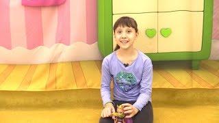 Видео про игрушки. Куклы Монстер Хай идут в поход на природу! Игры на улице для девочек
