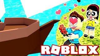 Ryan le propone un barco?!?! - Roblox construir un barco para el tesoro con MicroGuardian - JUEGOS DOLLASTICOS!