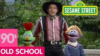 Sesame Street: Garth Brooks Sings about Different Friends