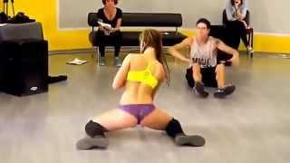 Супер танец попой Twerking
