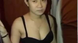 Download Video Tukang pijit plus kepergok lagi mijit tanpa busana MP3 3GP MP4