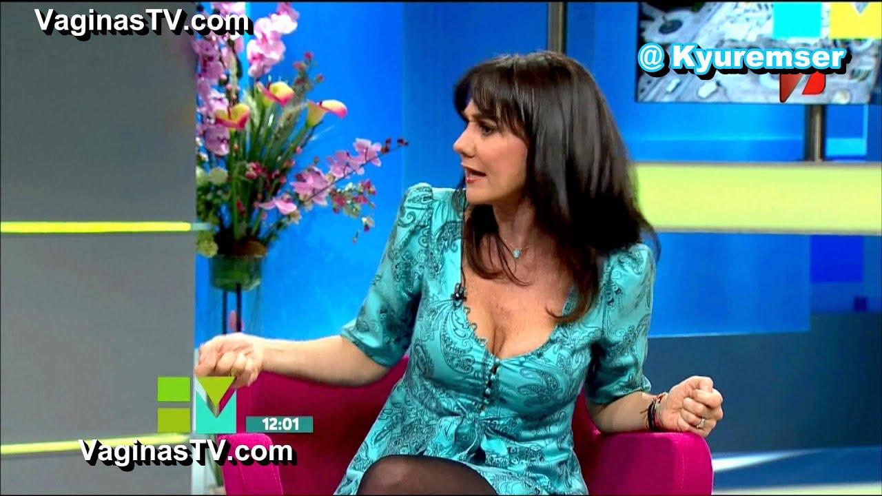 monica garza   sexy escote   youtube