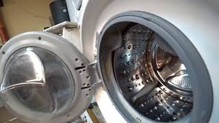 Сама краща побутова пральна машина ІМХО, LG F1495BDS