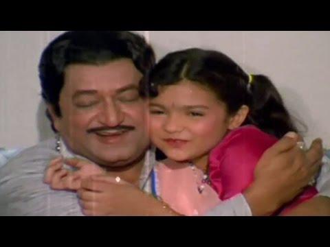 Arvind Trivedi, Desh Re Joya Dada Pardes Joya - Gujarati Scene 1/23