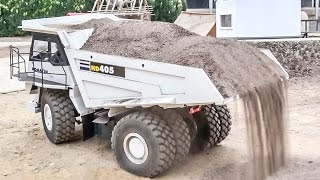 Repeat youtube video R/C truck action at RC Glashaus! Construction site and road FUN!
