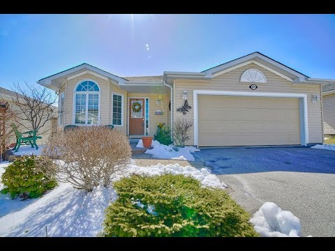 Hamilton Real Estate Tour | 104 Gracehill Crescent | Sarah Middleton