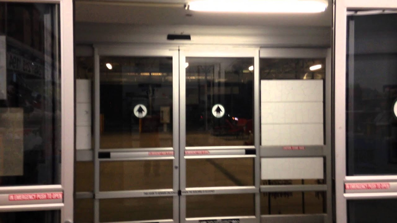 First automatic sliding doors - Stanely Automatic Sliding Doors At Walmart Round Grove Rd Garden Center In Lewisville Tx Youtube