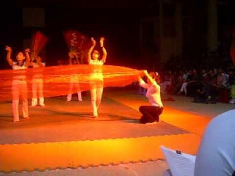 Linh Thiêng Việt Nam ĐHSAN08 Hát múa (2009).avi