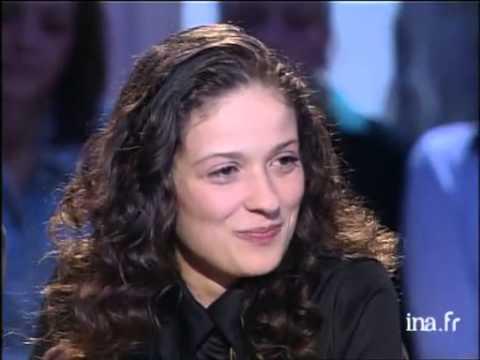 Interview Up and down de Raffaëla Anderson - Archive INA