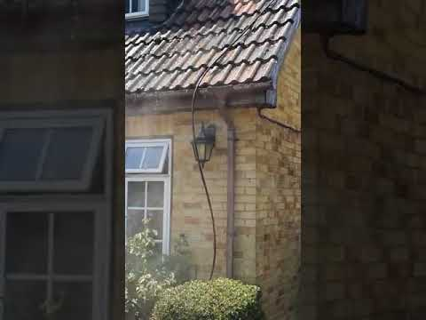 mc-pressure-washing-|-professional-roof-cleaning-london-&-surrey-service